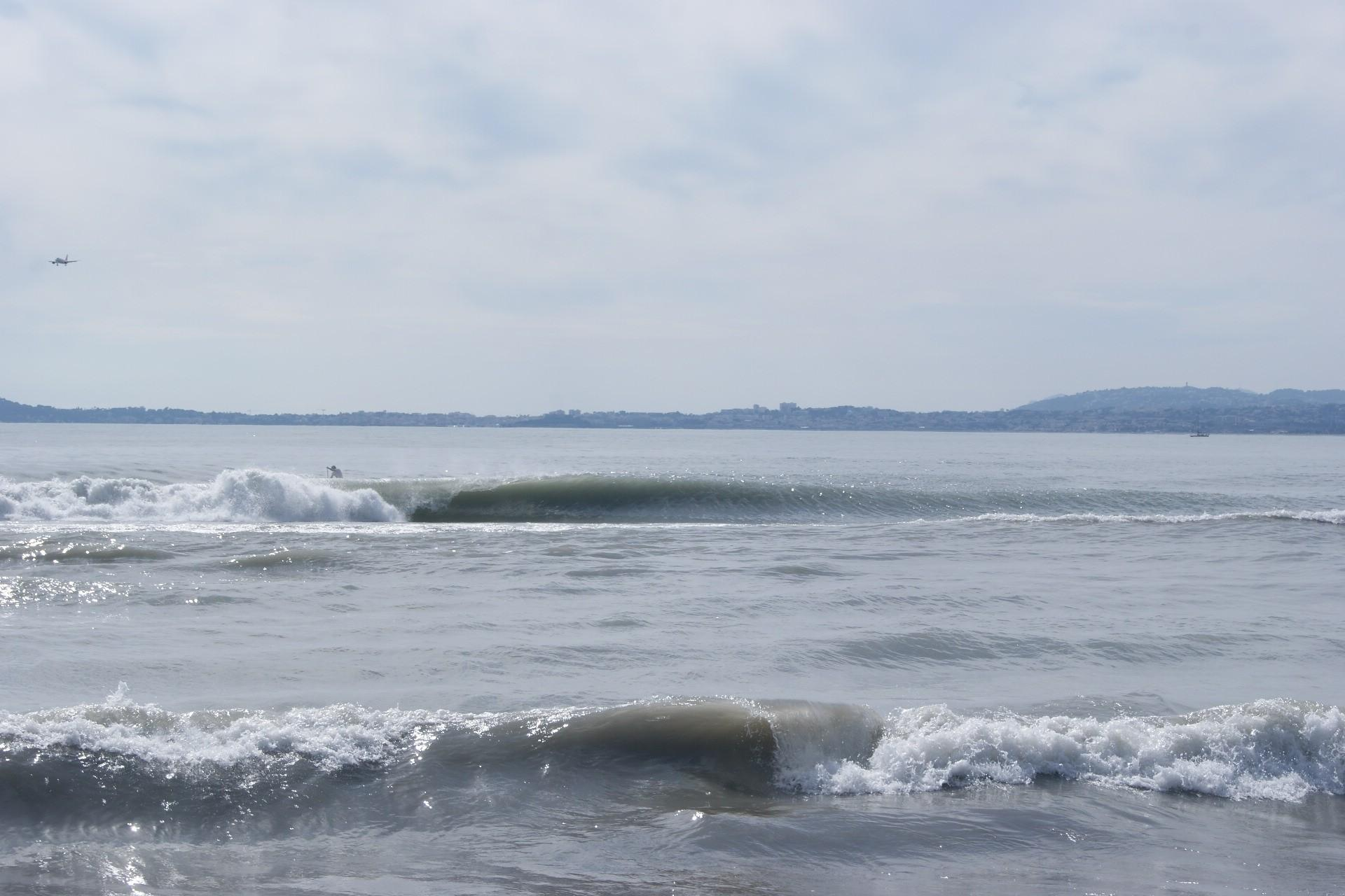 surf report saint laurent du var plage cousteau 06 du 2013 03 13 12 00 00. Black Bedroom Furniture Sets. Home Design Ideas