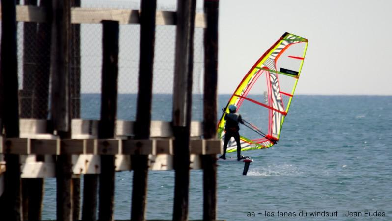 wind report Leucate - Les Coussoules - France (11) 2017-03-20 17:00:00