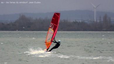 live wind Report FR Le Barcarès - Cap Coudalère  le 2017-01-22 18:00:00