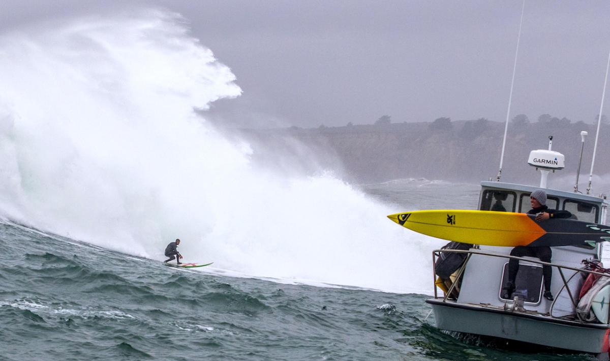 Mavericks spot surf USA le 18 janvier 2018